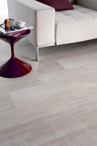 Parma pavimenti e piastrelle parma pavimenti e - Piastrelle color legno ...